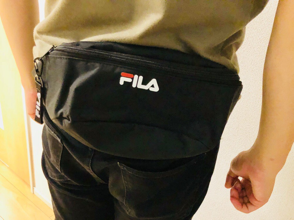 FILA 2018 AUTUMN / WINTER BLACK